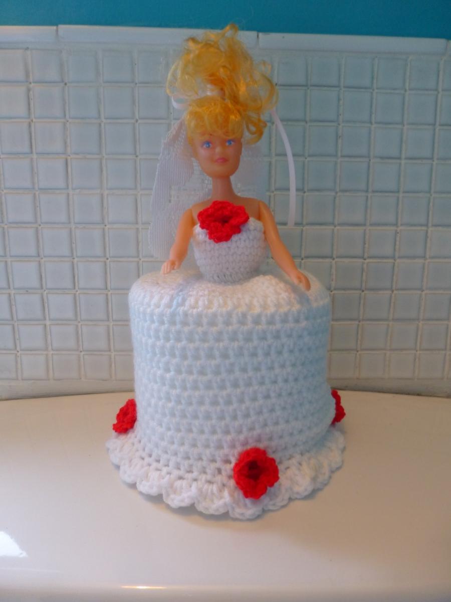 Bride crochet toilet roll doll